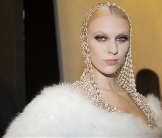 Glam Observer: Paris Haute Couture : Atelier Versace #hautecouture #atelierversace #altamoda #fashionshow #fashionweek #parigi #paris #versace #fashion