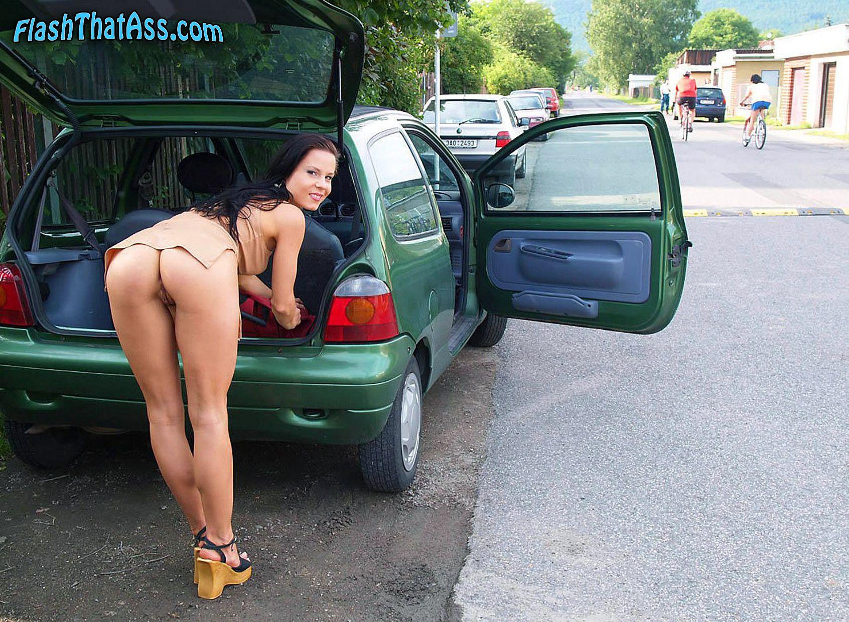 Milf naked girls in public