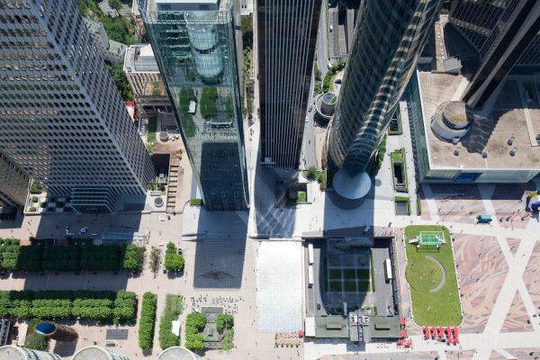 Vue renversante de La Défense ! via Twitpic