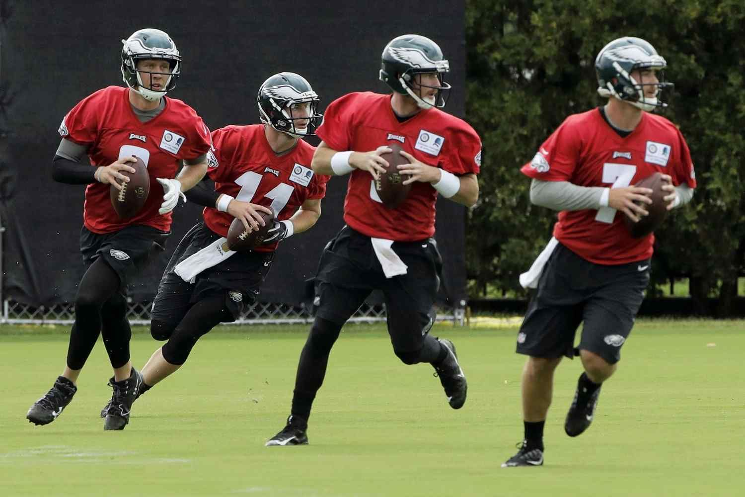 Philadelphia Gt Gt Nothing Not Even The Day Eagles Quarterback Nick Foles Tied The Nfl Record With Seven Touchdown Passes Comp Eagles Football Helmets Nfl