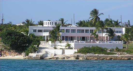 house - Big Mansions With Pools On The Beach