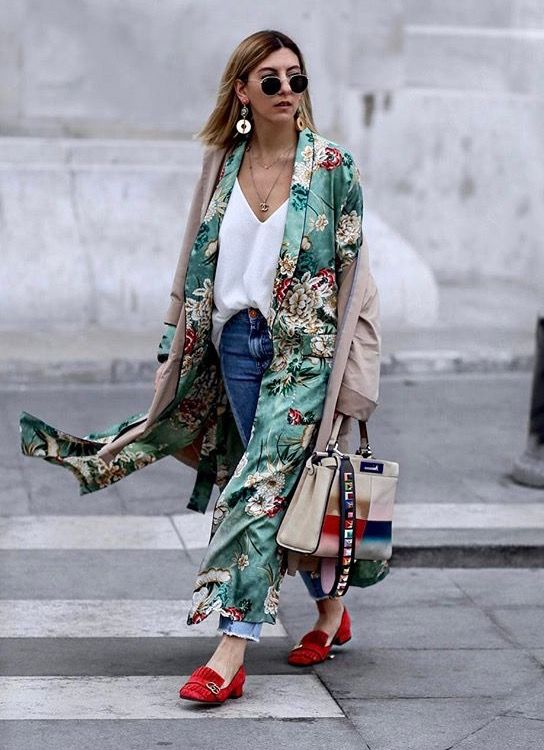 f65a7fd0f278 Um kimono, duas inspirações. #zara. Pinterest: KarinaCamerino ...