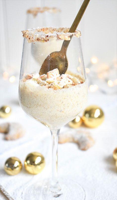 Weihnachtliches Vanillekipferl Dessert - Sasibella