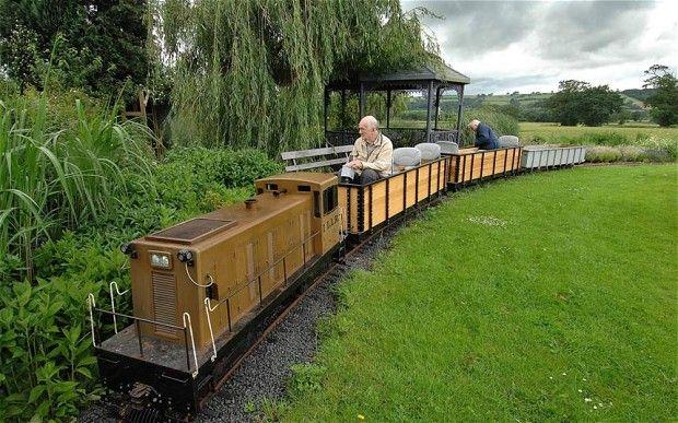 Accountant, 80, puts railway through back garden | Ride on ...
