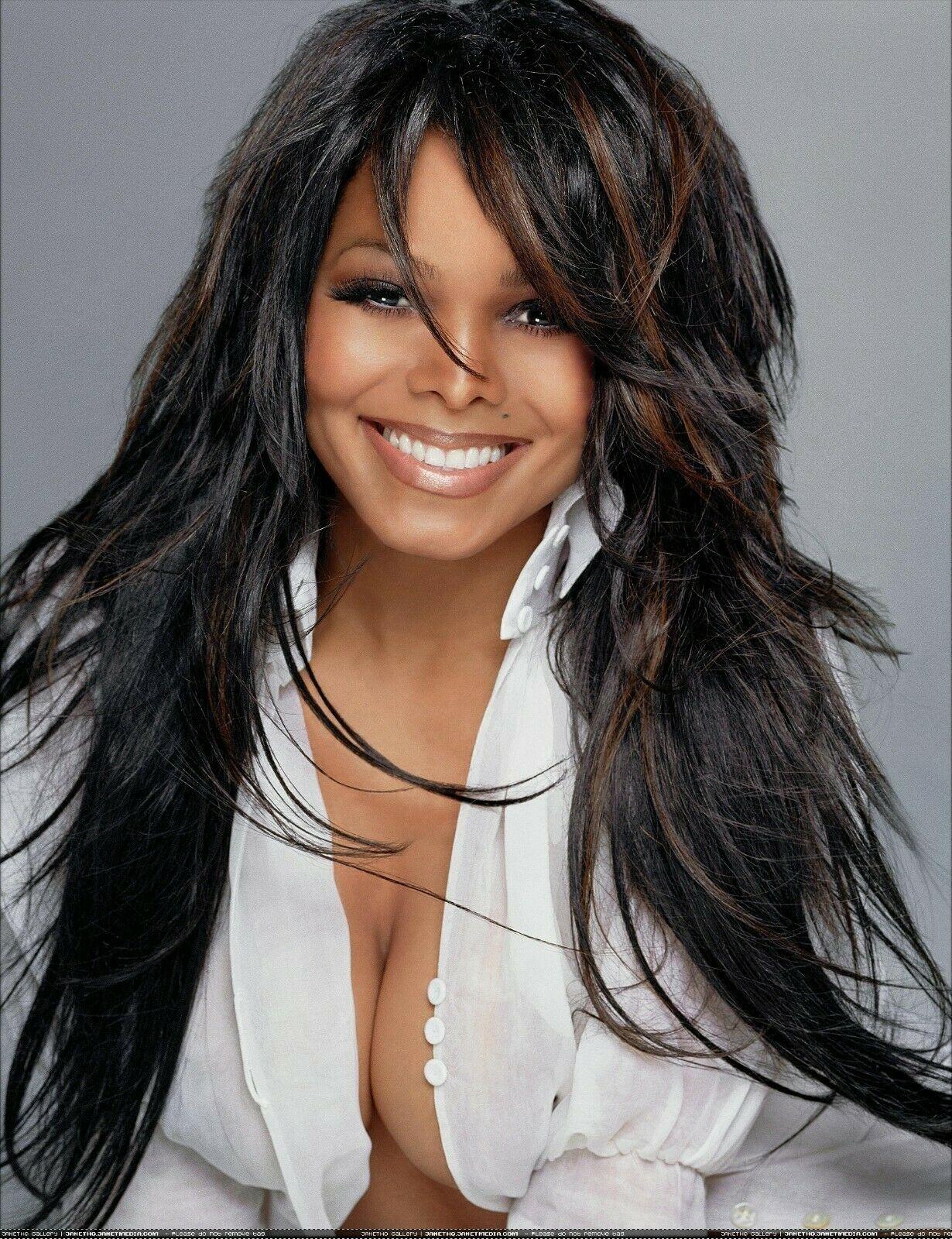 Pin By Jumpin Jbarry On Beautiful In 2020 Janet Jackson Hair Styles Beautiful Black Women