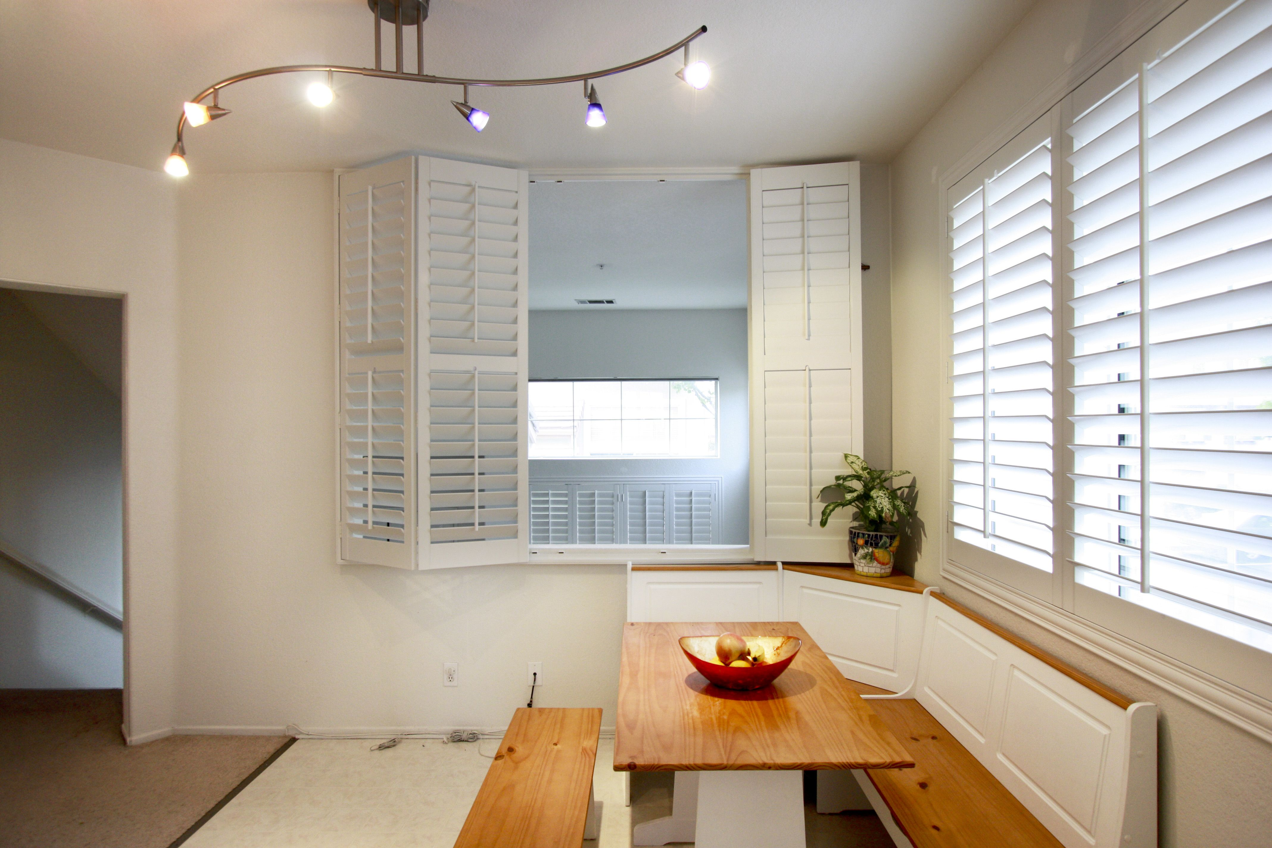 Real wood vs faux wood blinds - Plantation Shutters Real Wood Vs Faux Wood Unlike Composite Poly Shutters Made Of Faux Wood Plantation Shutters Made Of Real Wood Have