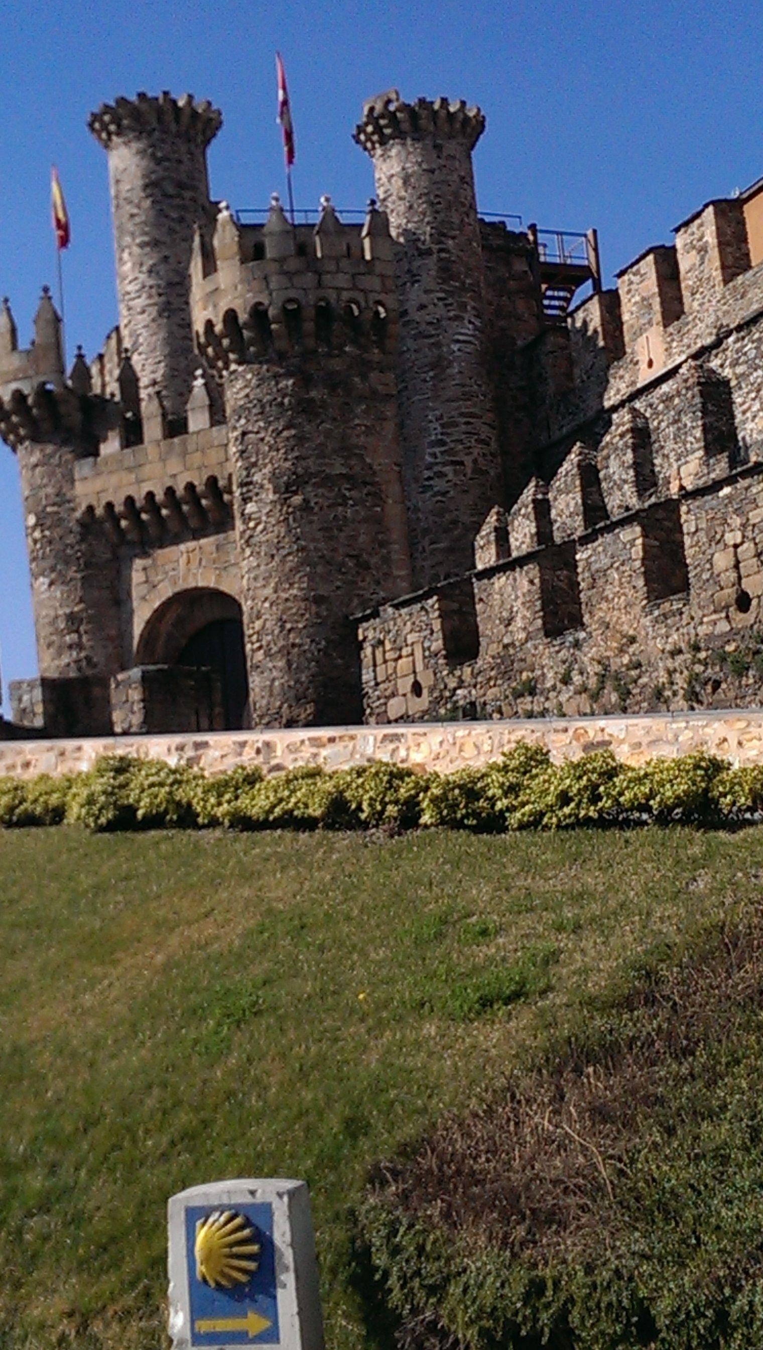 castillo de los templarios ponferrada lugares que me gustan