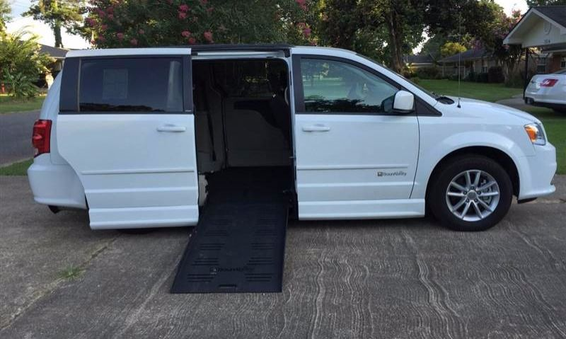 Used 2014 Dodge Grand Caravan Sxt Wheelchair Van Grand Caravan Wheelchair Van Van For Sale