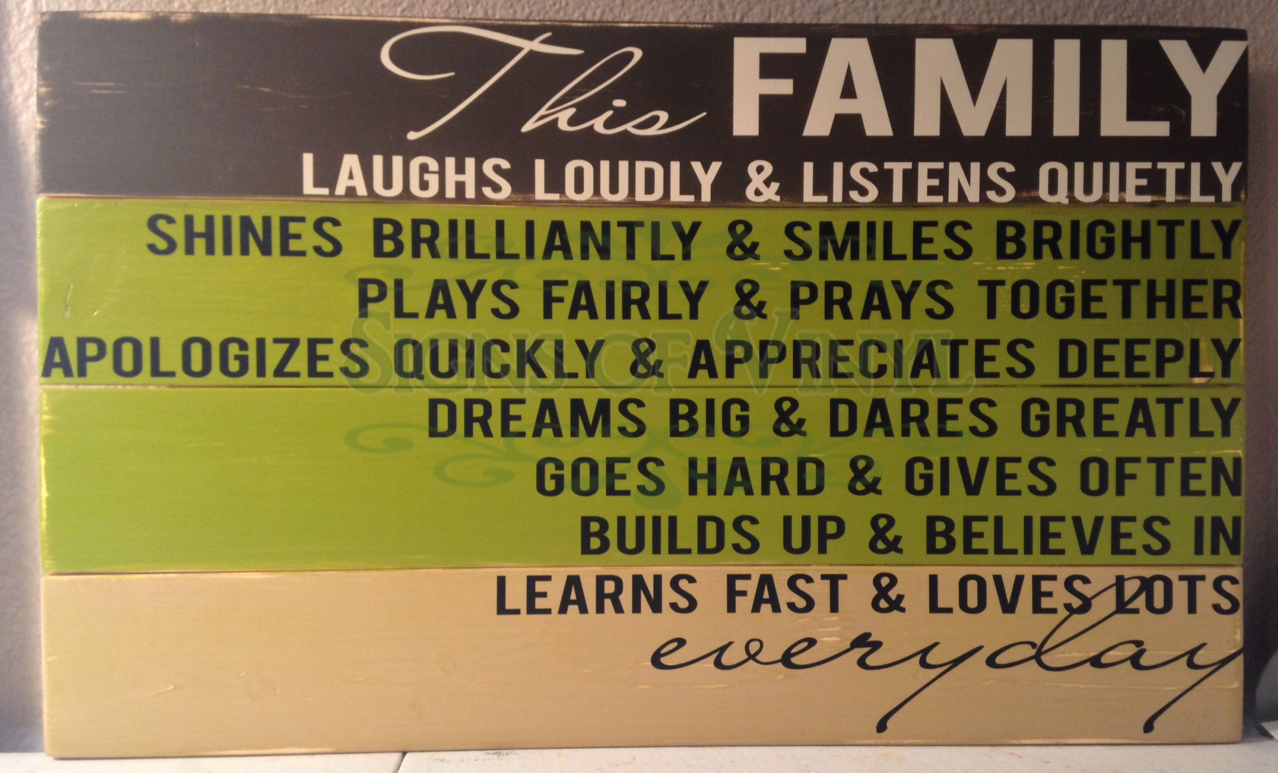 Express who your #family is with a #sign from #Signsofvinyl https ...