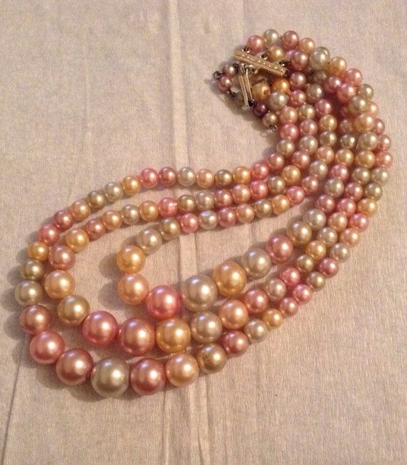Hey, I found this really awesome Etsy listing at https://www.etsy.com/listing/181306247/vintage-1950s-graduated-triple-strand
