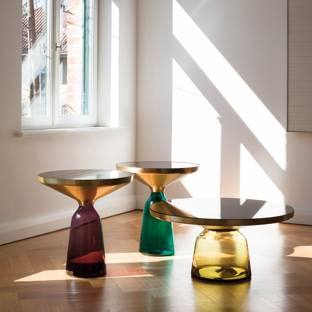 Furniture Design Trends 2015 classicon - bell beistelltisch, messing / amethyst violett | night