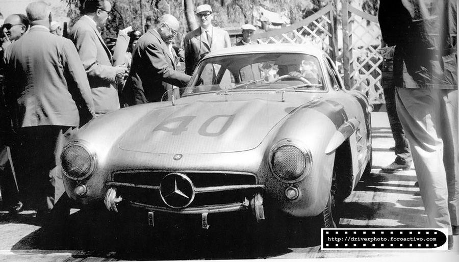 Armando Zampiero y Mario Scchiero llevaron el hermoso Mercedes 300 SL al octavo lugar. Targa Florio 1955