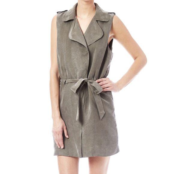 Laju Boutique Vest Vest. Navy blue. Worn once as a dress. Laju Tops