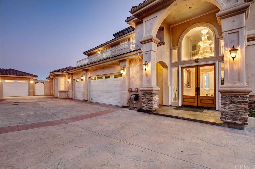 2619 Holly Dr Upland Ca 91784 Mls Cv19054998 Zillow Whole House Fan Spanish Style Homes House Exterior