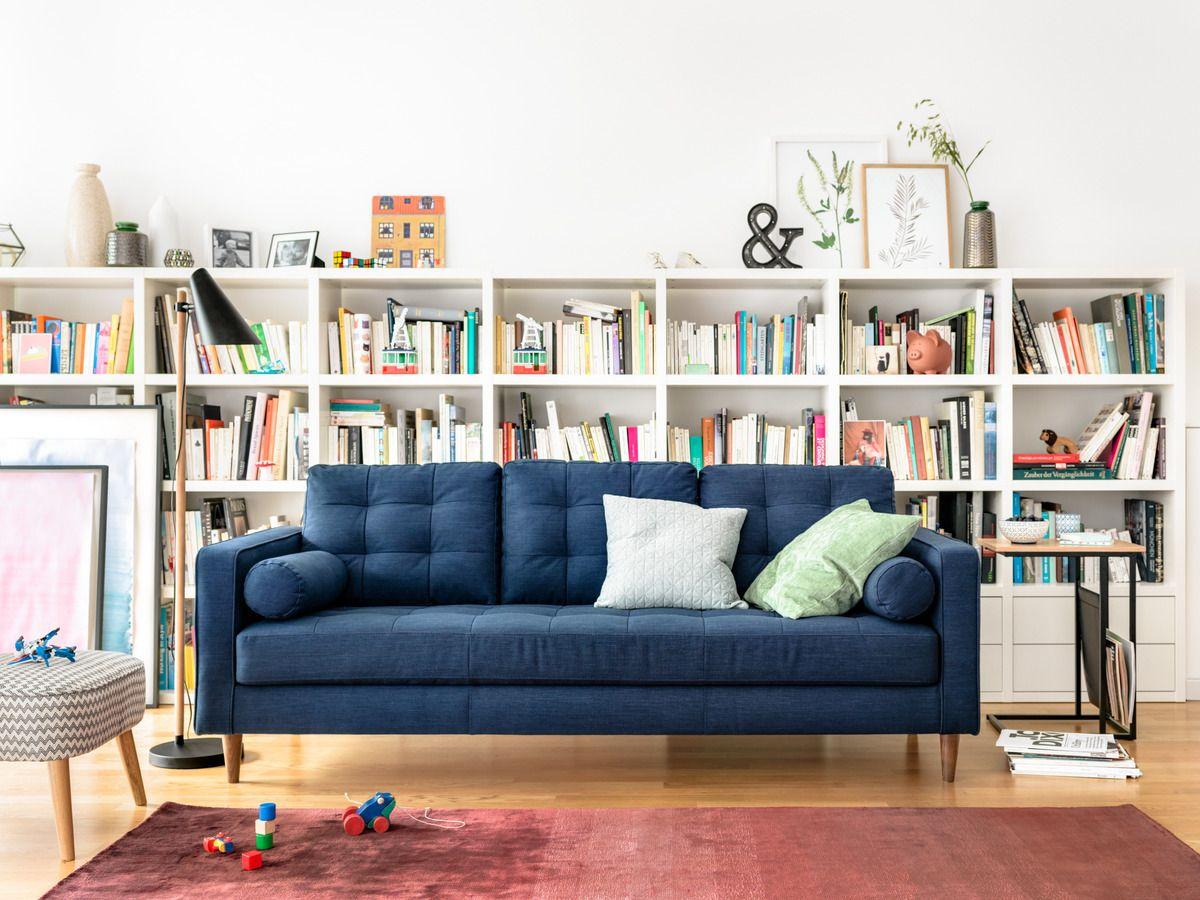 Micasa Wohnzimmer mit 3er-Sofa SEIFERT & Wohnsystem TORO | Micasa ...