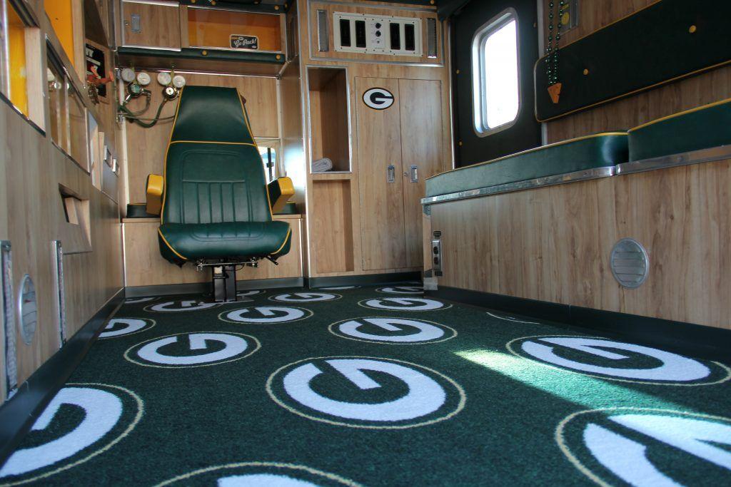 Carpet Milliken Nfl License Broadloom Team Repeat Green Bay Packers Green Gold With Hunter Green Vinyl Base Patterned Carpet Carpet Colors New Carpet