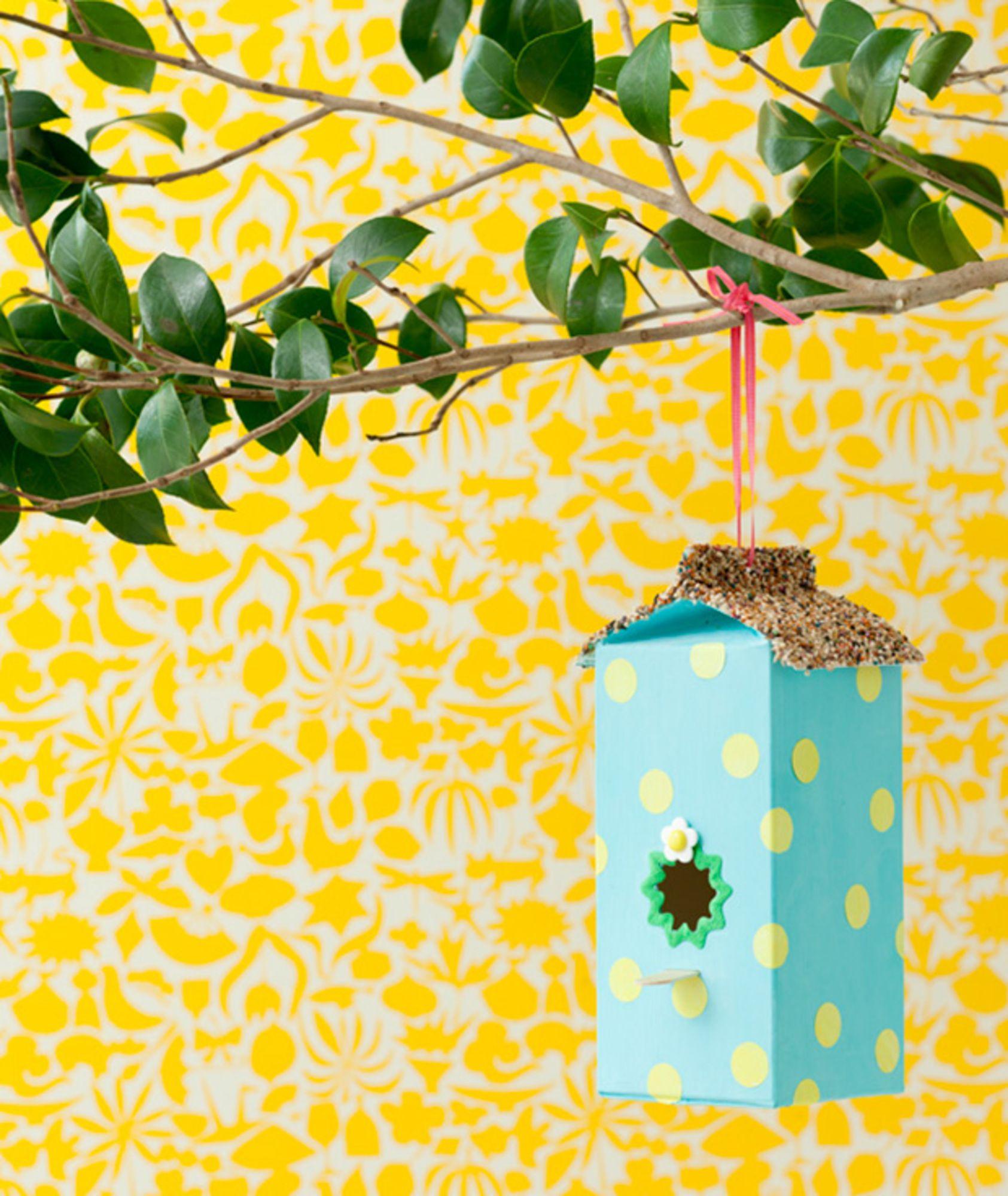 Feita em caixa de leite_INSPIRAÇÃO DIY | CASA DE PASSARINHO