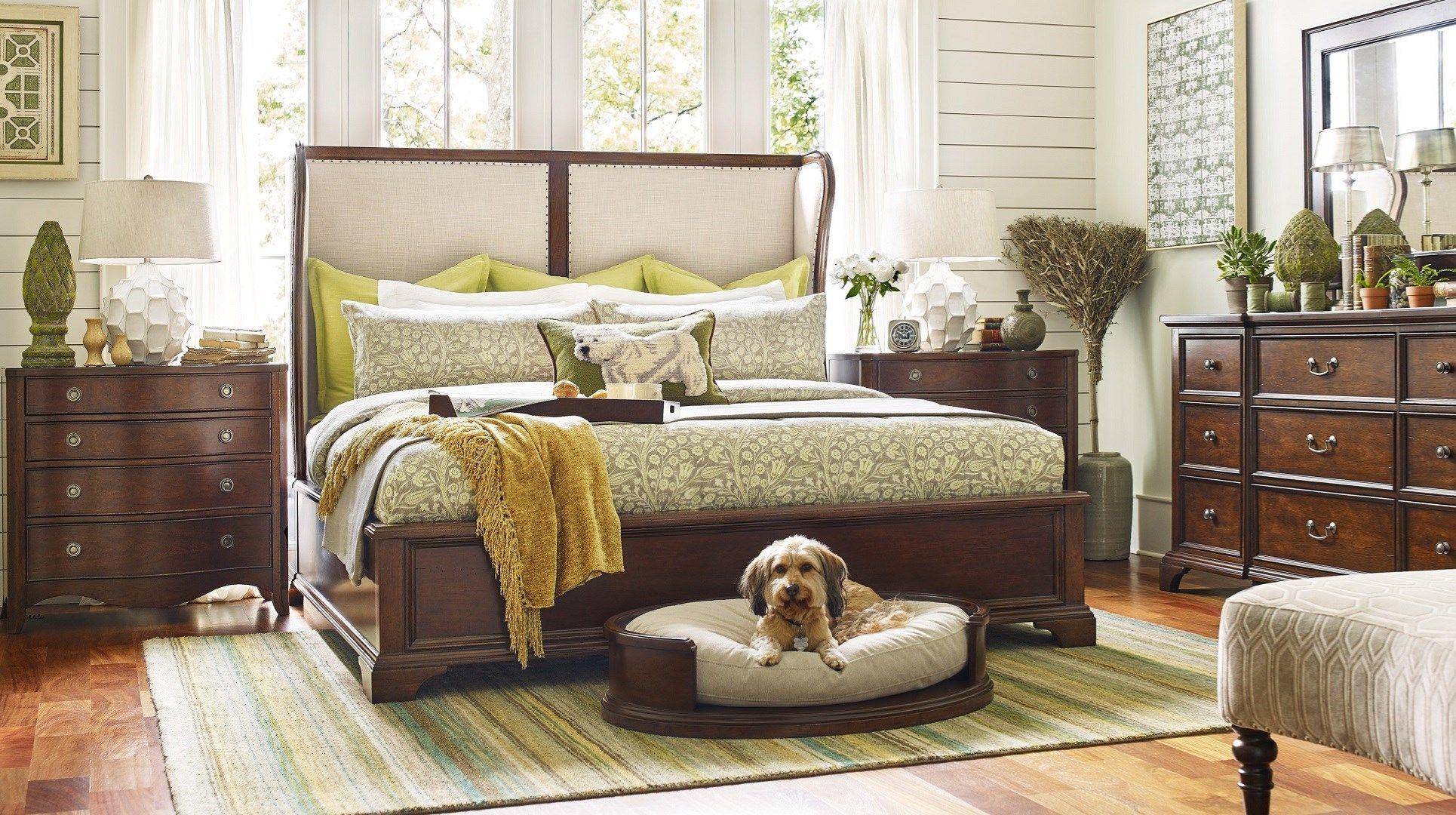 J and J Furniture Tillmans Corner