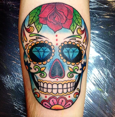 Mod le de tatouage color cr ne mexicain tatouage cr ne - Tattoo crane mexicain ...
