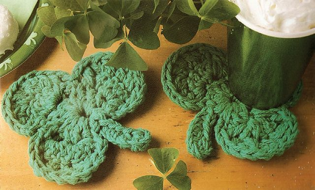 ❇♥❇♥  Porta-Copos Trevos com Crochê. -   /   ❇♥❇♥  Beverage Coasters Trevose with Crochet.