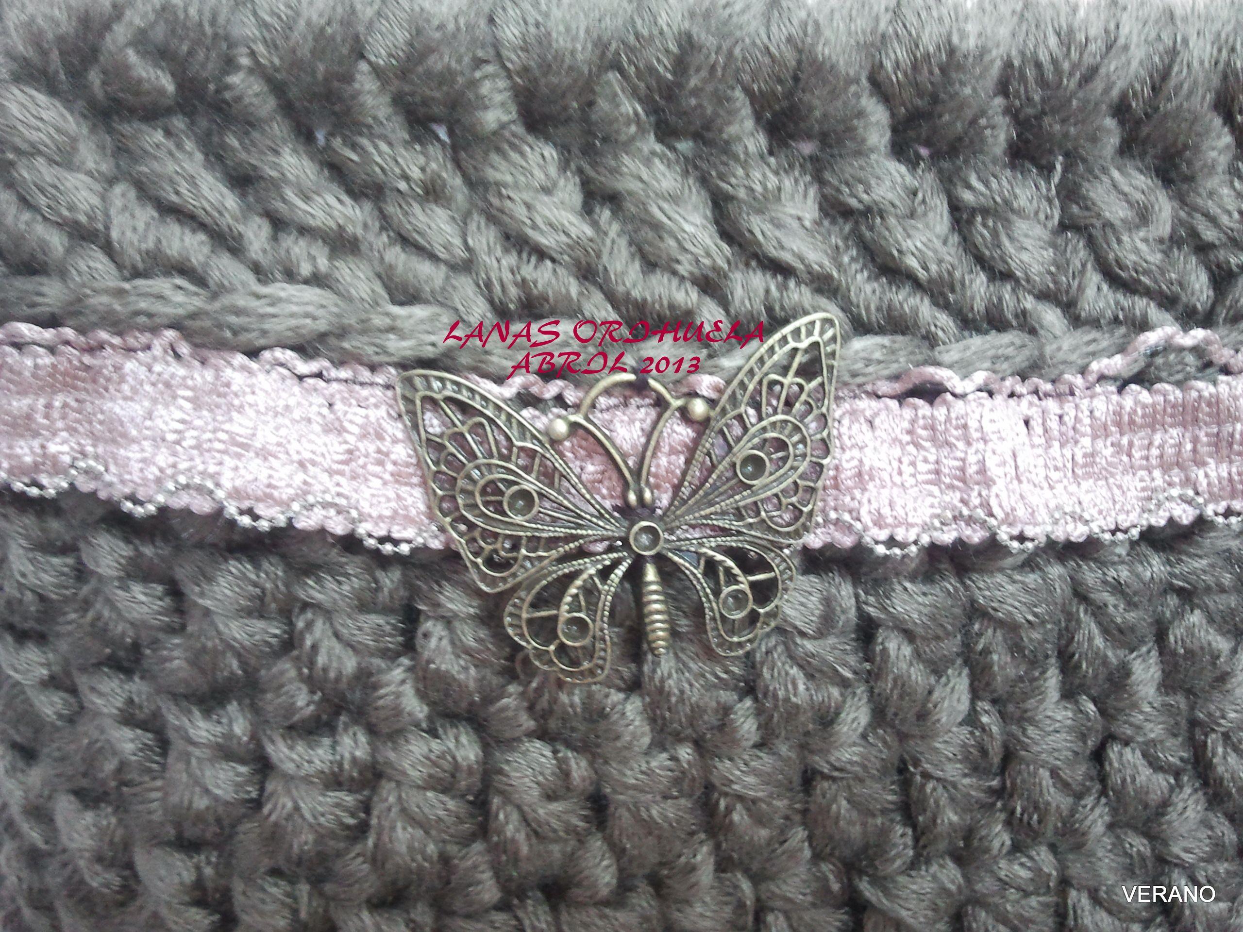 Detalle del bolso de Lana Ondas, de Katia