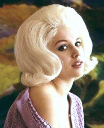 005 Blonde Bubble In 2019 Hair Bouffant Hair 1960s