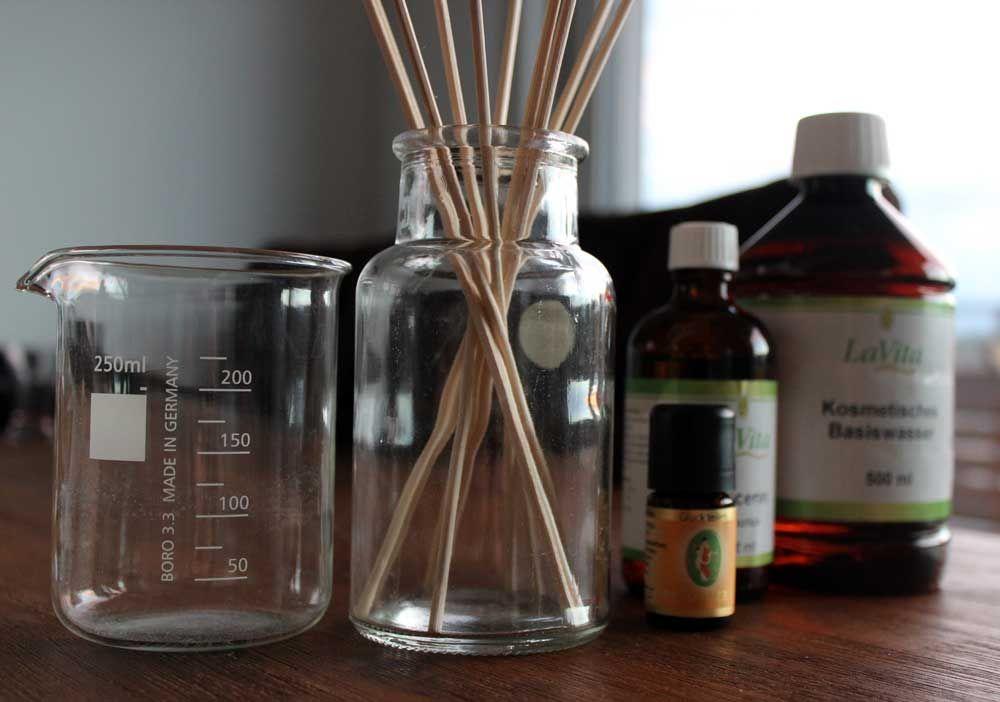 Raumduft Selber Herstellen : die besten 25 selber machen raumduft ideen auf pinterest duftkerzen selber machen duftkerzen ~ Yasmunasinghe.com Haus und Dekorationen