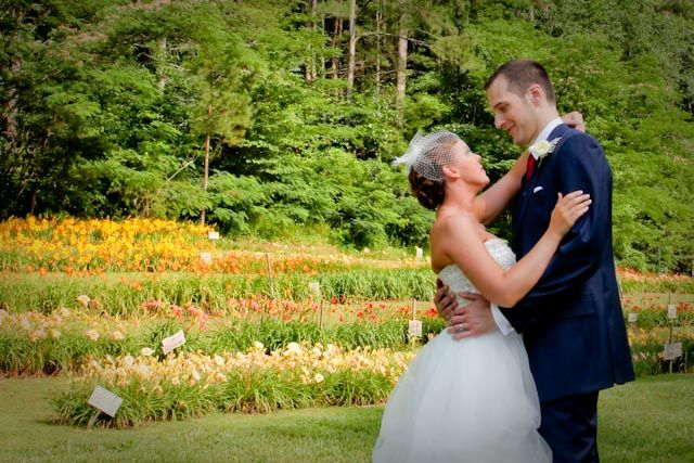 The lily barn in townsend tn is a beautiful place for a for Beautiful places for a wedding