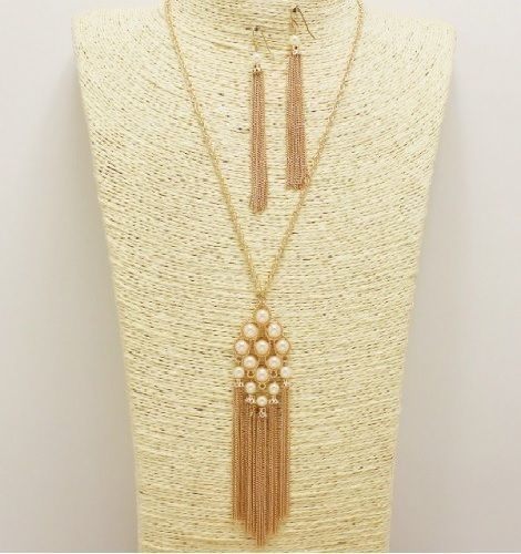 Gold and Cream Pearl Cluster Tassel Necklace Set