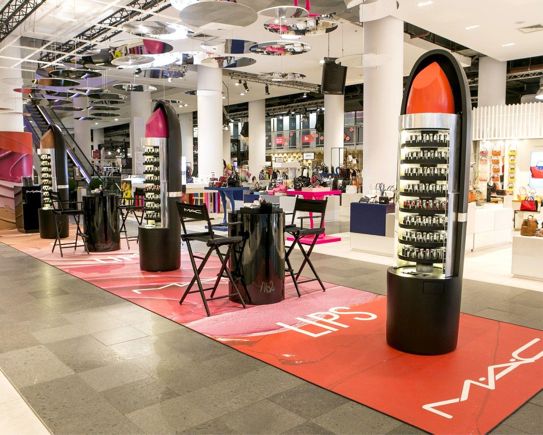 visual merchandising cosmetics Google Search Visual