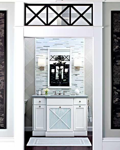 Style Great Gatsby Dans La Salle De Bain: Fenêtres Au Dessus De La Porte (salle De Bain)