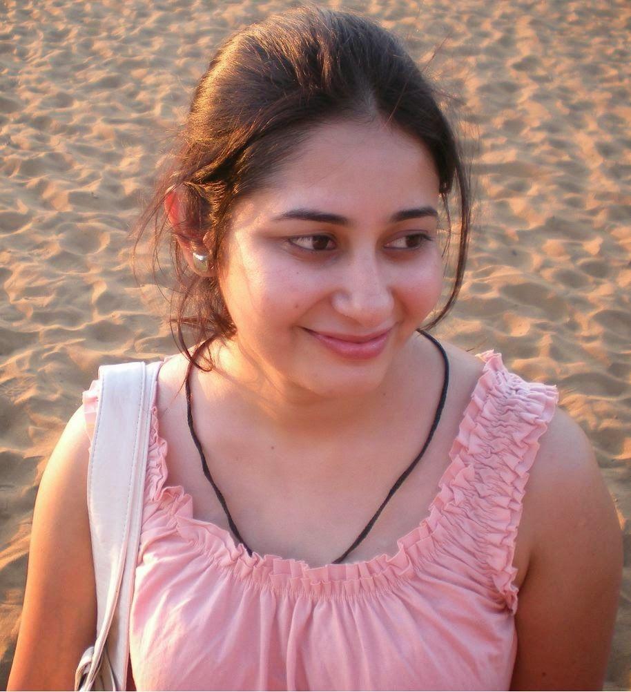 indian girls natural photos