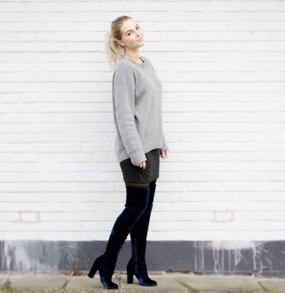 Overknee-støvler i mørkeblå velour by clamour 4 glamour  #MyOutfits, #NewIn, #Other
