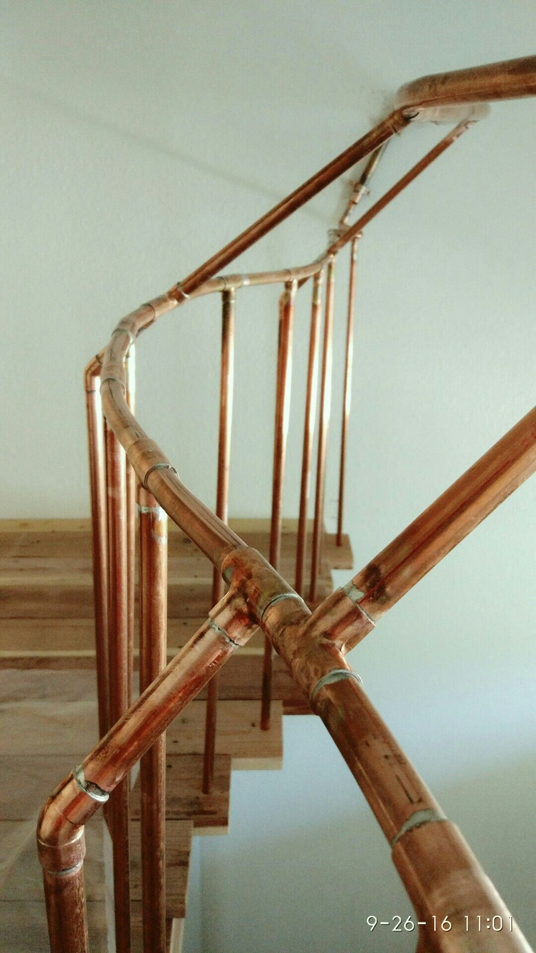 Best Copper Pipe Fence Staircase Handrail House With Porch 640 x 480