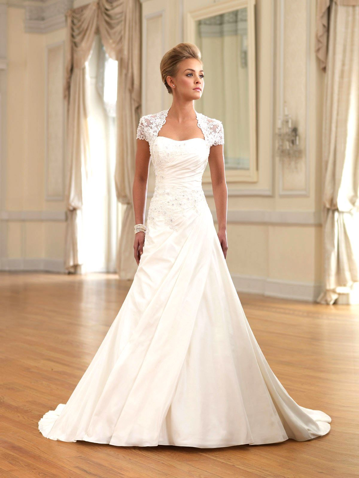 wedding dress for hourglass figure - Google Search | wedding dress ...