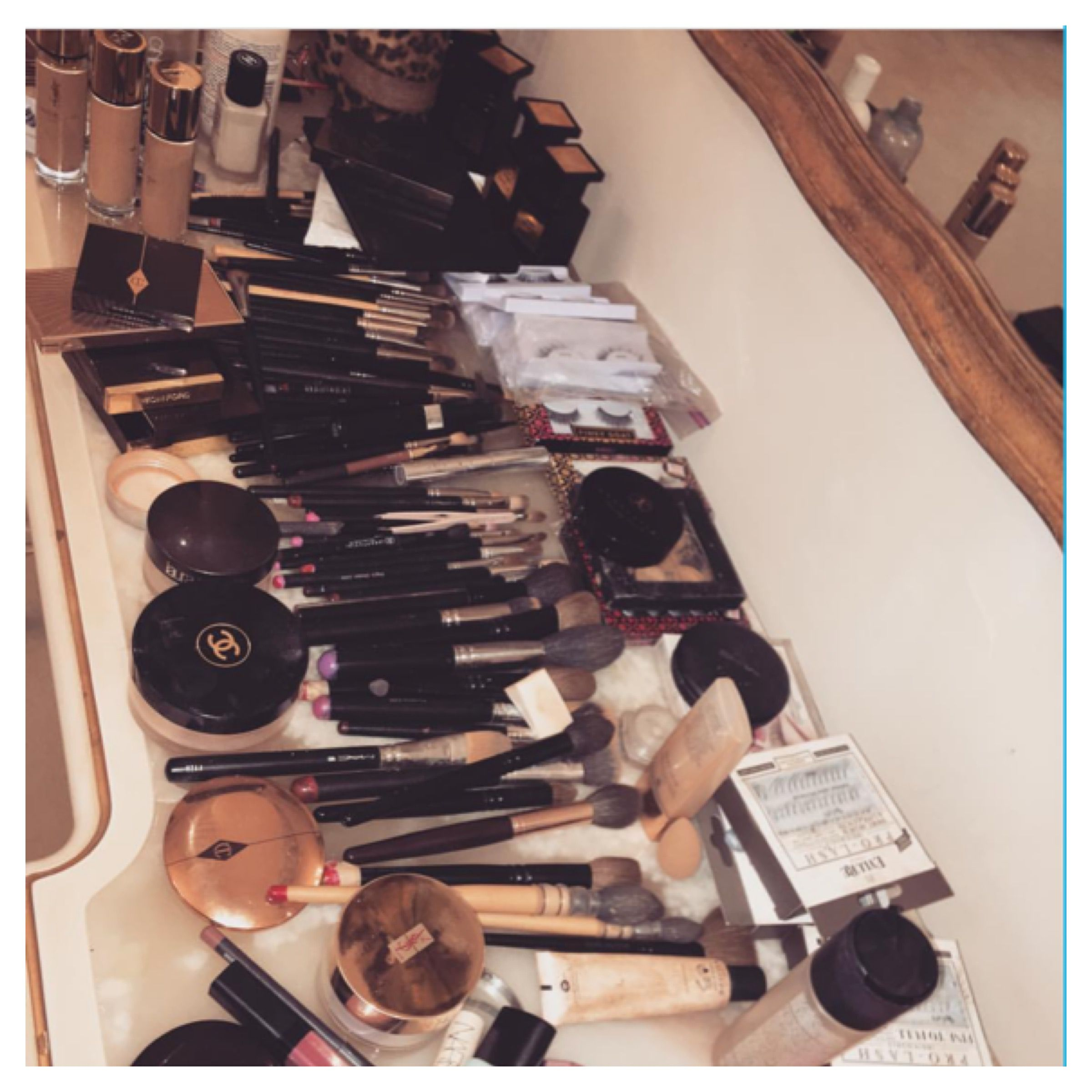Make-up mess