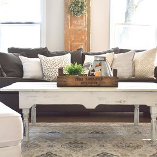 White Table, Coffee Table Decor, Pillows, Crate, Antiques, Vintage, Chalk  Paint, Family Room