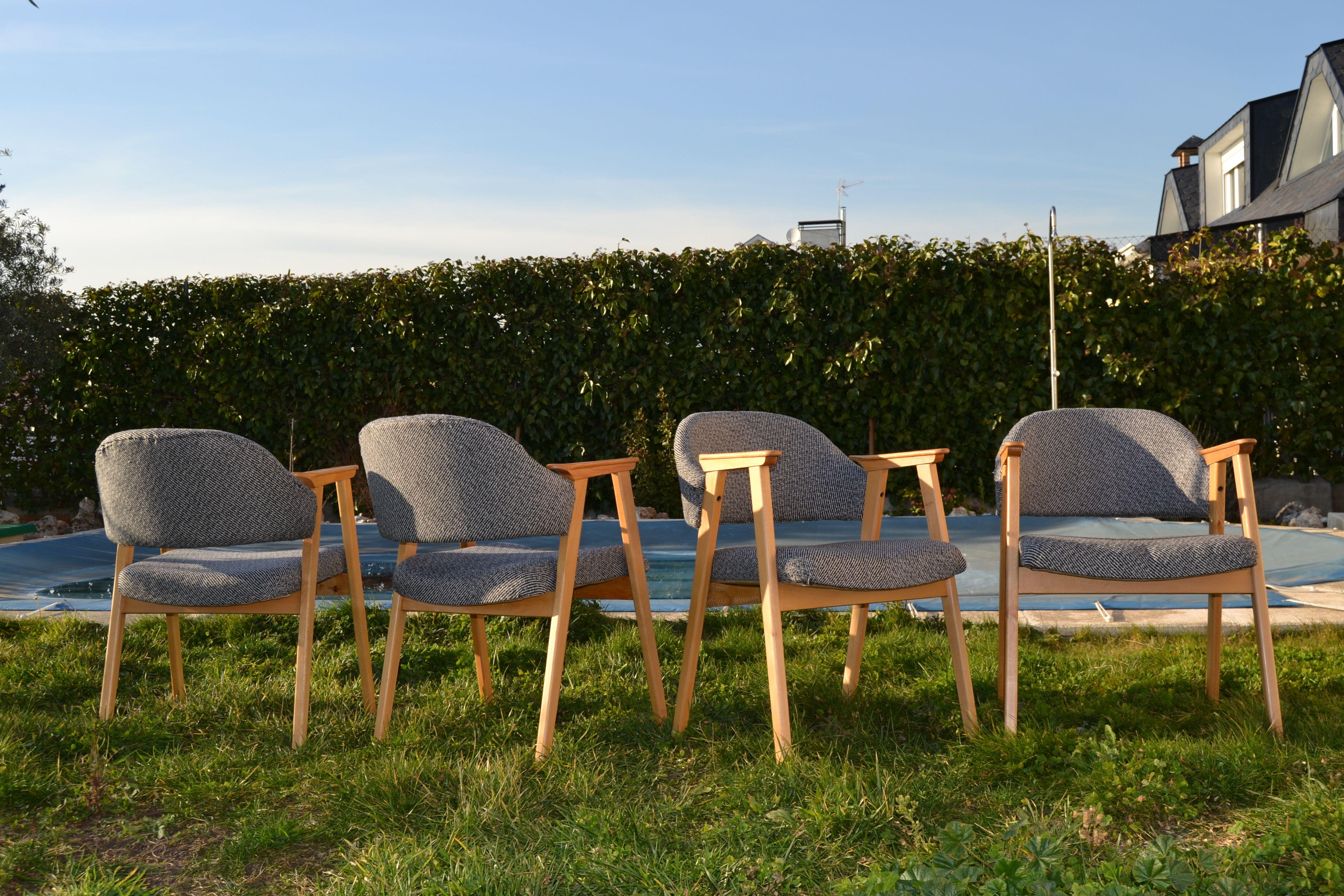 Sillas danesas en venta restauradas y tapizadas si - Sillas restauradas ...
