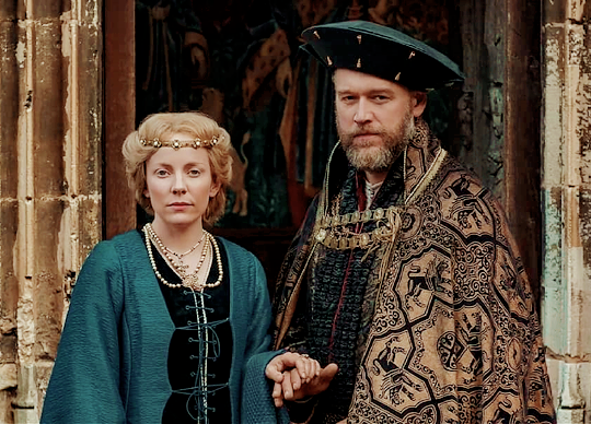 The Welsh Dragon The English Rose King Henry Vii And Queen Elizabeth In The Spanish Princess Elizabeth Of York The Spanish Princess Spanish Princess