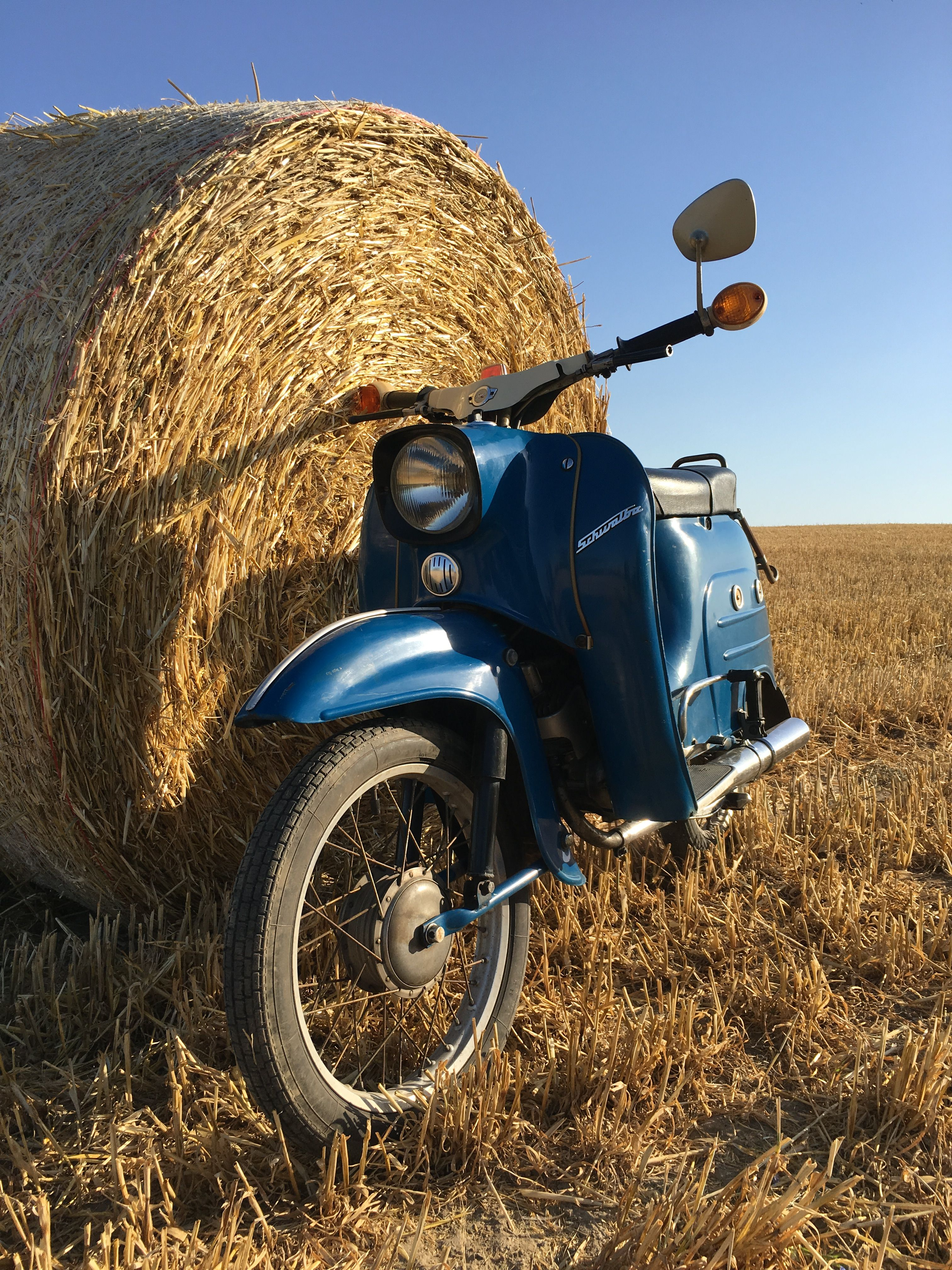 Bollywoodluder Auf Moped