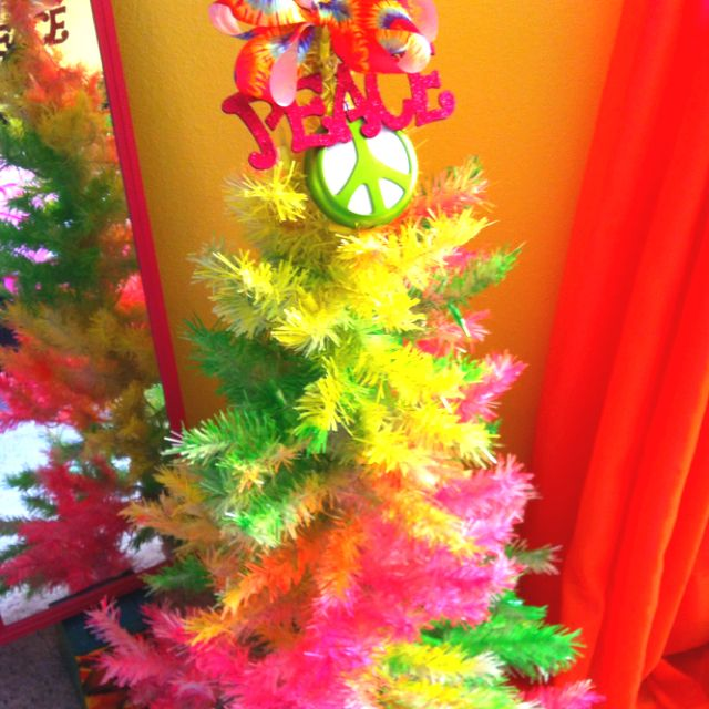 tie dye christmas one of my white trees had discolored over the years so a little spray paint later presto i m thinking with a little artistic skill you