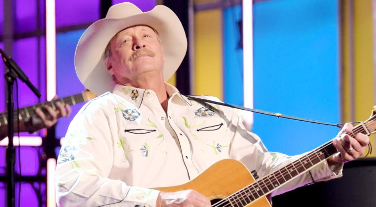 Illness Forces Alan Jackson To Postpone All August Concerts Alan