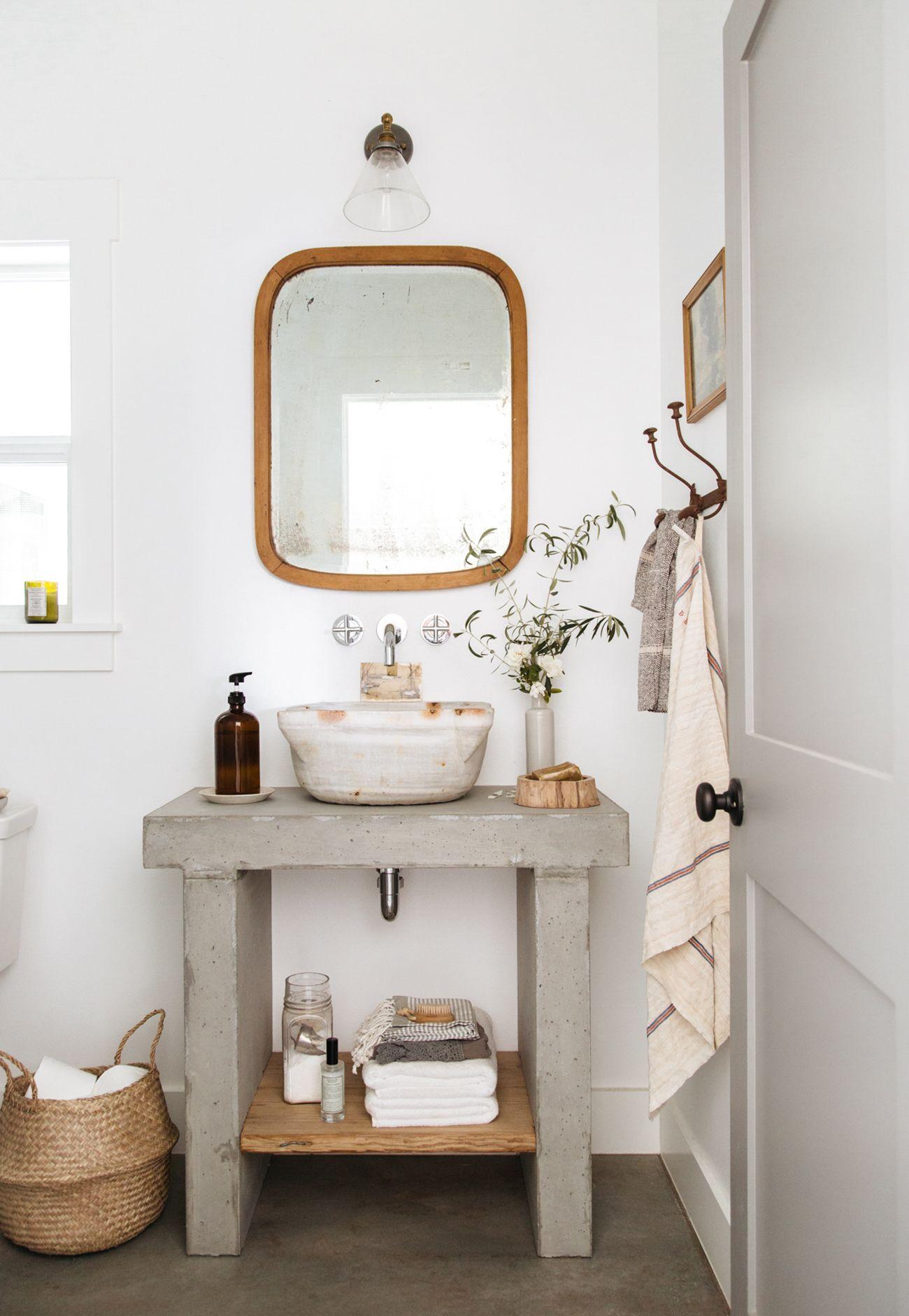 Modern Rustic Studio Bath Small Bathroom Decor Shabby Chic