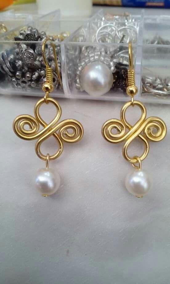 17e5931e6e84 Alambrismo y perlas | lo que me gusta!!! | Joyería alambre, Joyas ...