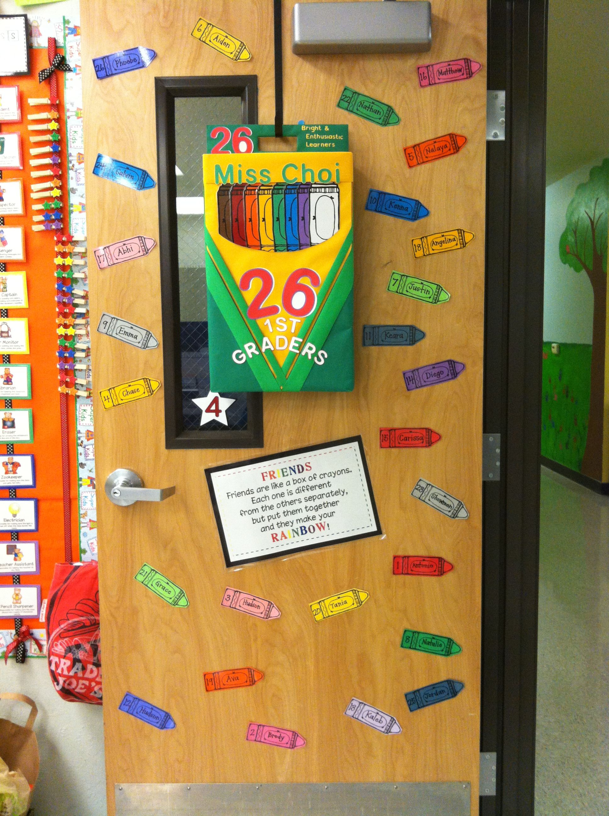 I Made A Crayon Box Door Wreath For My Rainbow Colored