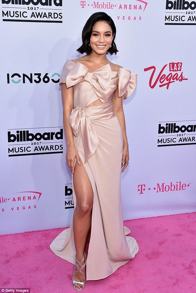 Vanessa Hudgens Looks Gorgeous Las Vegas Billboard Music Awards Red Carpet Nice Dresses Vanessa Hudgens Style