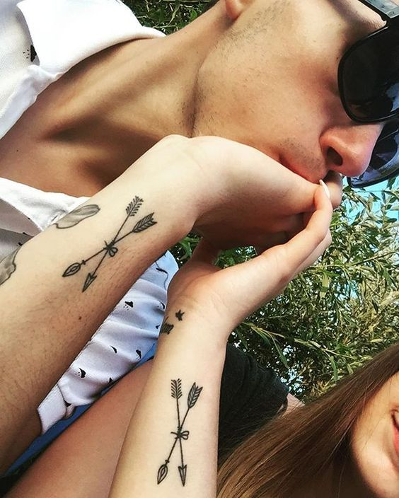 dd8ad9a0d Pin for Later: 30+ Matching Tattoos For Couples Who Are in It to Win It  Arrows