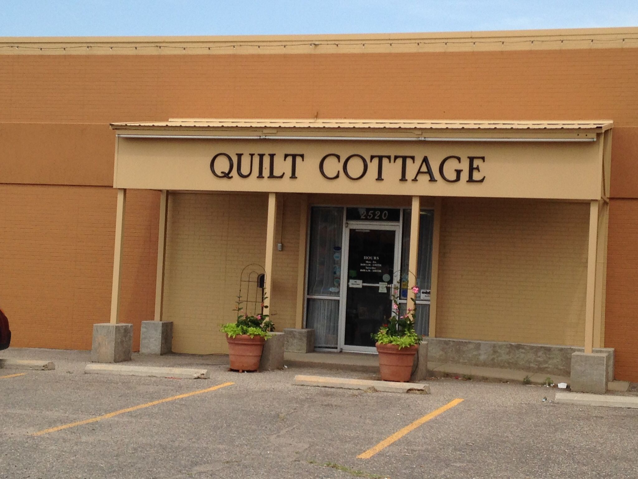 Quilt Cottage Hays Ks Row By Row Stop Unusual Row Based On