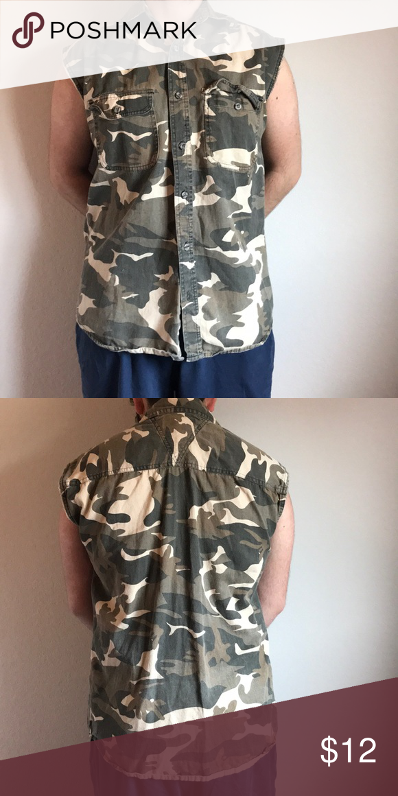 4044306c Men's Camouflage Muscle Shirt BRAND NEW but tags are off great button up  muscle tank top