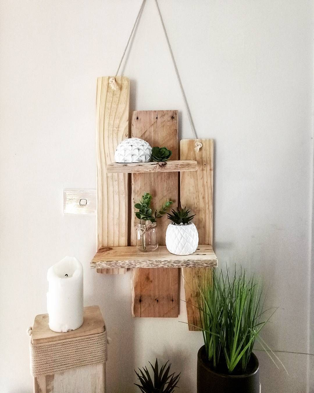 51+ Creative & Cheap Wooden Pallet Projects - 5 Min Ideas